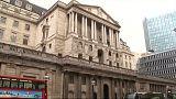 El Banco de Inglaterra mantiene los tipos de interés invariables