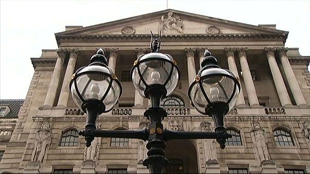 Banca d'Inghilterra: tassi mantenuti invariati