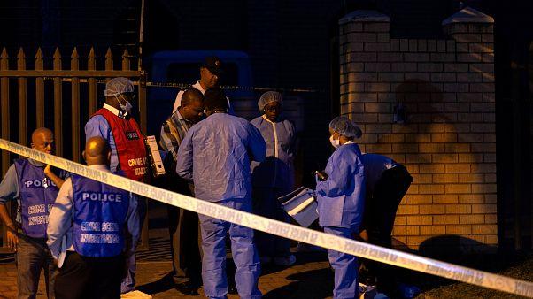 Un muerto y dos heridos graves tras un ataque a una mezquita en Sudáfrica