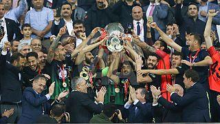 Teleset Mobilya Akhisar Türkiye Kupası'nda tarih yazdı: 3-2