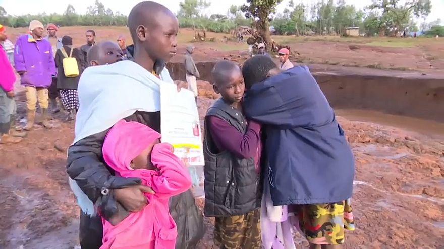 Kenya: aumentano le vittime per il crollo della diga