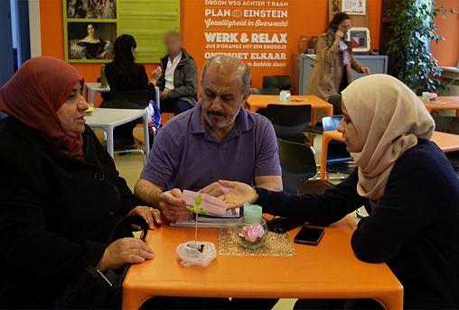 Breaking down barriers between locals and refugees in Utrecht