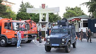 دستگیری سربازان مظنون به ارتباط با گولن (عکس از آناتولی)