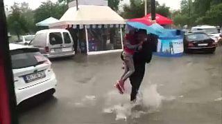 Káosz az eső miatt Szalonikiben