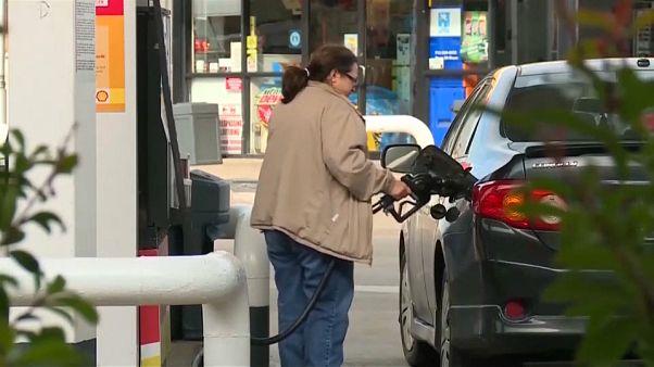 انخفاض أسعار النفط على خلفية الأزمة الأمريكية-الإيرانية