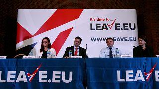 """أعضاء من حملة """"ليف إي يو"""" التي شاركت في استفتاء الخروج من الاتحاد الأوروبي"""