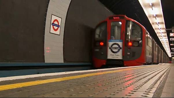 London trains and buses will no longer carry junk food ads