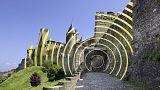Da wirds einem schwindlig: In Carcassonne sorgt ein Kunstprojekt für Wirbel
