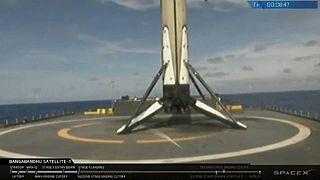 Με επιτυχία εκτοξεύθηκε ο πύραυλος Falcon 9 της SpaceX