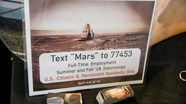 SpaceX yeni roketi Falcon 9'un yeni versiyonunu denedi