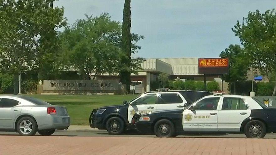 Investigado tiroteio em escola na Califórnia