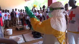 Ebola, Oms: Ci prepariamo a tutti scenari, anche il peggiore