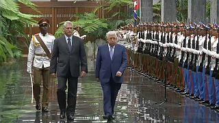 الرئيس الفلسطيني يختتم جولته في أمريكا اللاتينية بزيارة كوبا