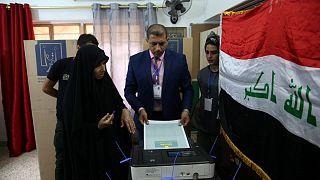 Irak'ta yapılan genel seçimlere katılım düşük oldu