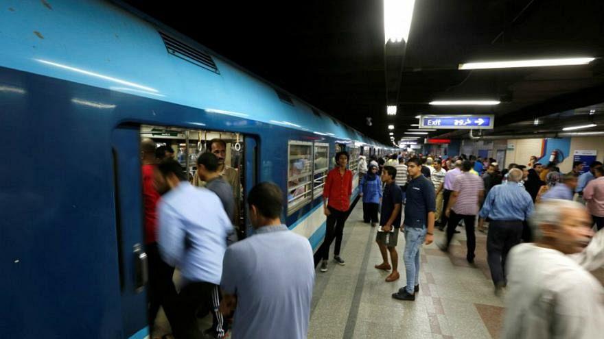 غضب واعتقالات بعد رفع أسعار تذاكر المترو بمصر