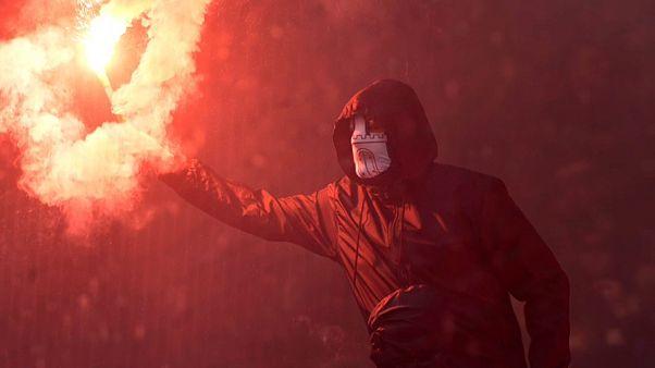 El Hamburgo baja a segunda entre incidentes ultras
