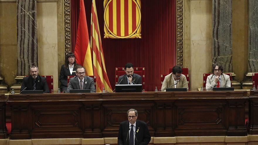 Quim Torra am Redepult des katalanischen Parlaments