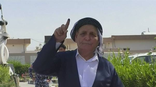 Iraqis cast votes in general election