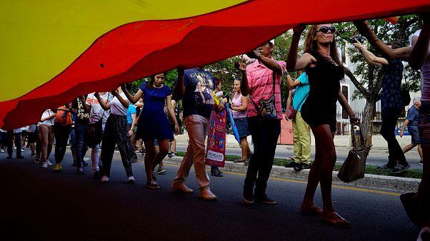 المثليون و ثنائيو الجنس والمتحولون جنسيا في كوبا يطالبون بحقوقهم