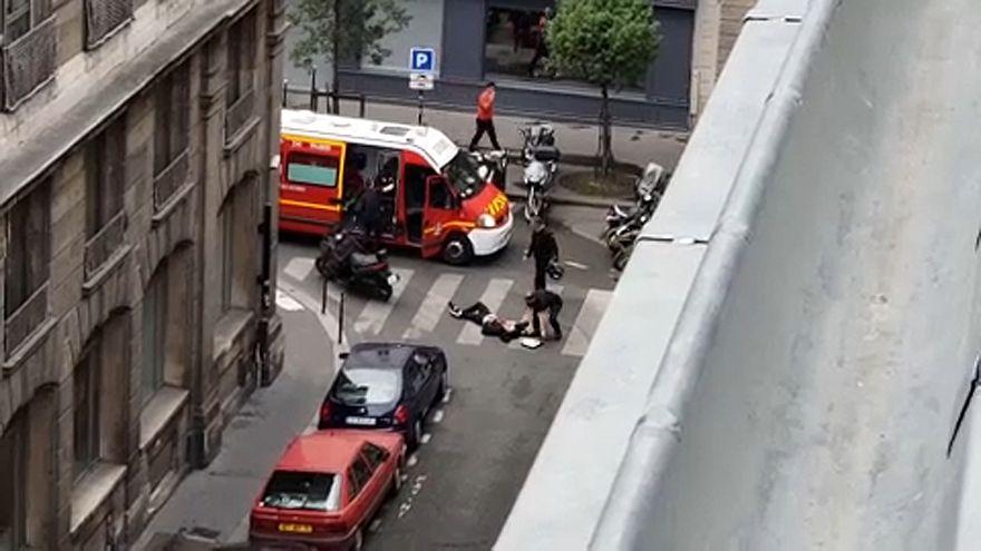 Késes terrortámadás Párizsban