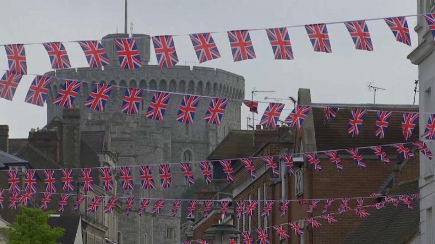 Americans prepare for the Royal Wedding on Saturday