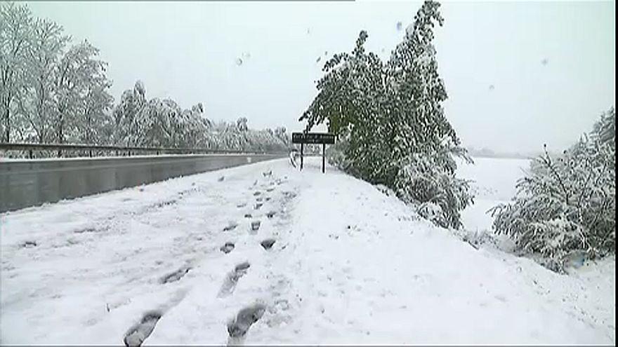 Ανοιξιάτικος χιονιάς στη Γαλλία