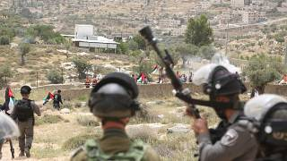 İsrail askerleri Filistinli göstericilere ateş açtı: Onlarca ölü yüzlerce yaralı var