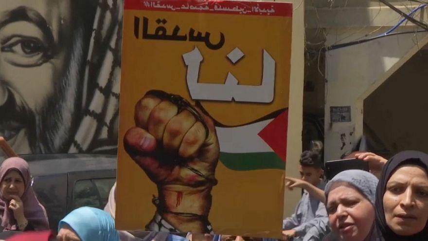 الفلسطينيون في مخيم برج البراجنة يحتجون ضد نقل السفارة الأمريكية إلى القدس