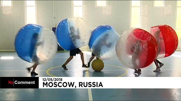 Le foot sous toutes ses formes à un mois de la Coupe du Monde en Russie