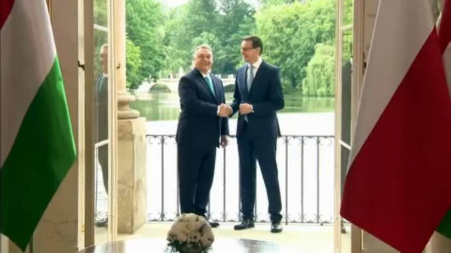 Orbán Viktor első útja Varsóba vezetett