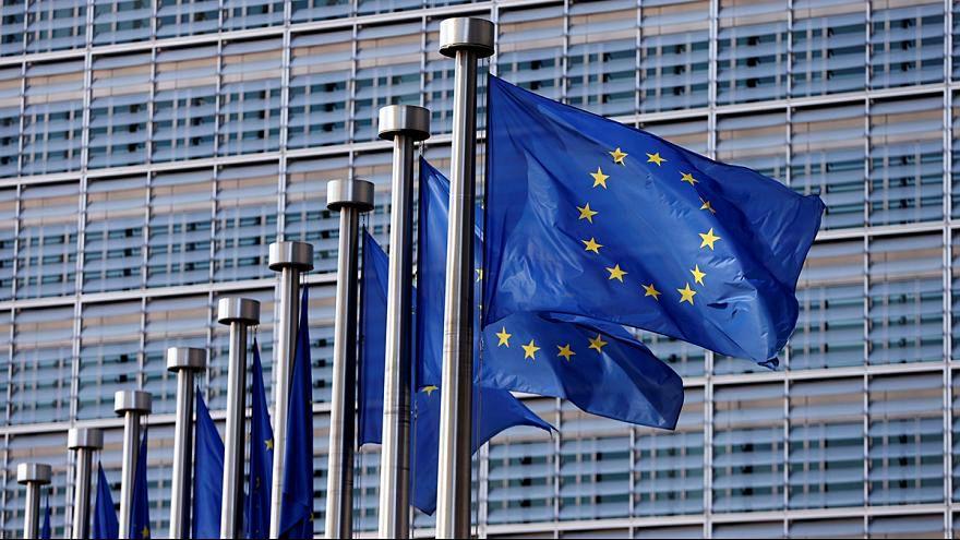 واحد من كل عشرة بريطانيين يعملون بالمفوضية الأوروبية حصلوا على جنسية أوروبية أخرى
