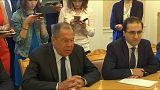 Lavrov y Zarif abogan por mantener vivo el acuerdo nuclear iraní