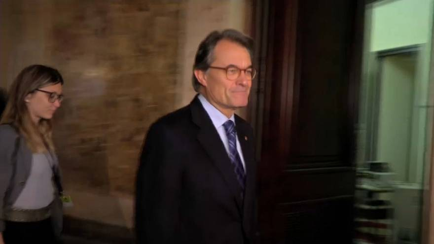 Mixed reaction over Catalonia's new President