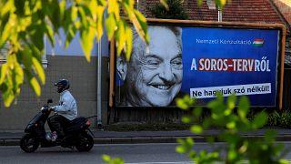Elköltözik Budapestről Soros György alapítványa