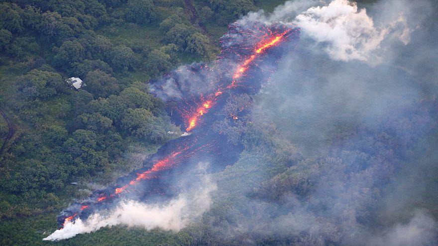 Mehr Risse, mehr Lava auf Hawaii
