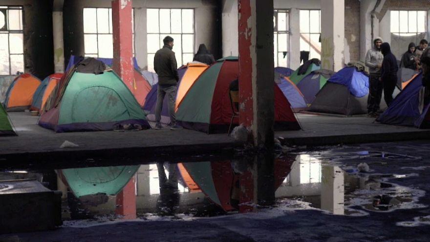 """Patras, le """"Calais grec"""" évacué par la police"""