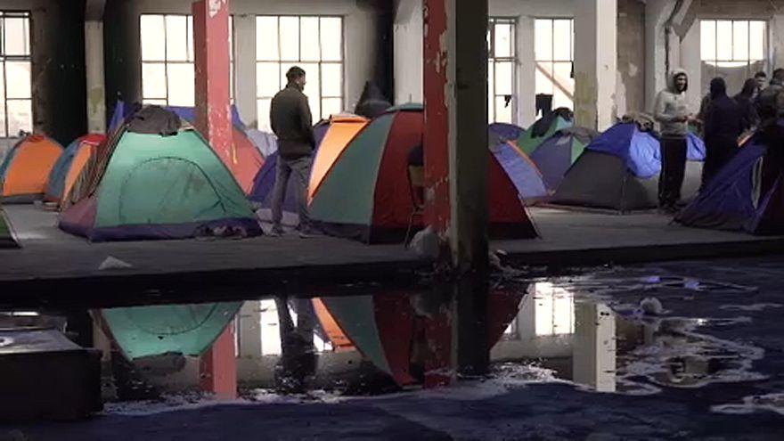 """Kiürítették a ,,görög Calais-t"""""""