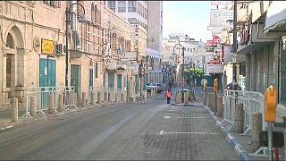 Nakba: proclamati 3 giorni di lutto nei Territori palestinesi all'indomani degli scontri al confine con Israele costati la vita a una sessantina di persone