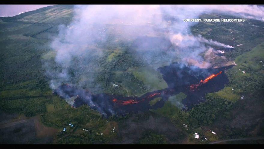 Havai adasındaki yanardağ ada halkını tehdit etmeye devam ediyor