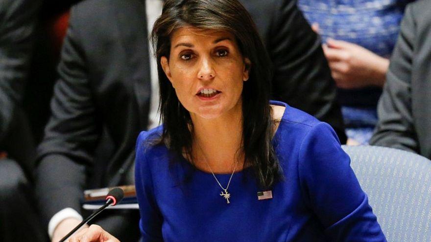 سفيرة أمريكا بالأمم المتحدة نيكي هيلي خلال اجتماع مجلس الأمن