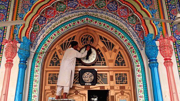Müslümanlar Ramazan'ın heyecanını yaşıyor
