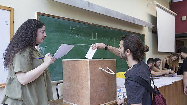 Ελλάδα: Στις κάλπες οι φοιτητές