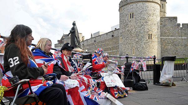Royal fans line up outside Windsor Castle