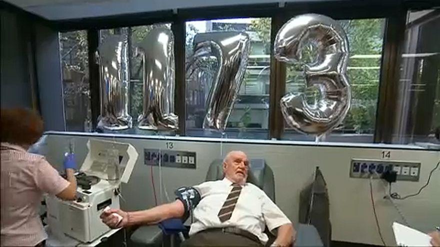 Visszavonul a 81 éves véradó