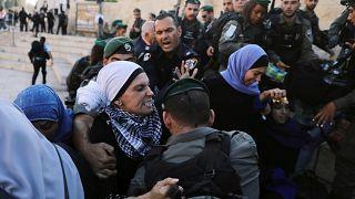 Разгон протестующих у Дамасских ворот