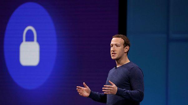 فیسبوک در سه ماه گذشته ۲۱ میلیون عکس برهنه را حذف کرده است