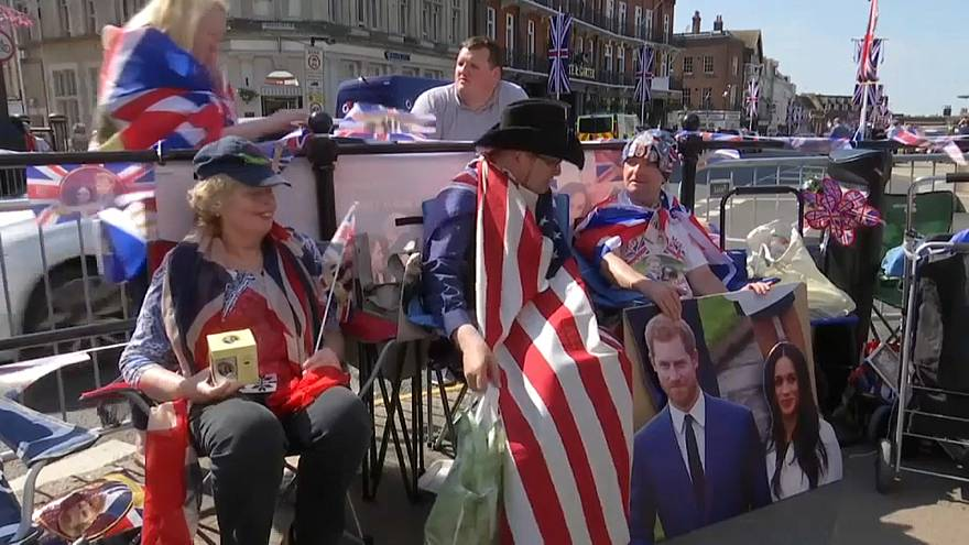 Royal superfans gather ahead of Royal wedding