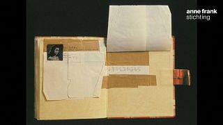 Textos sobre sexo descobertos no diário de Anne Frank