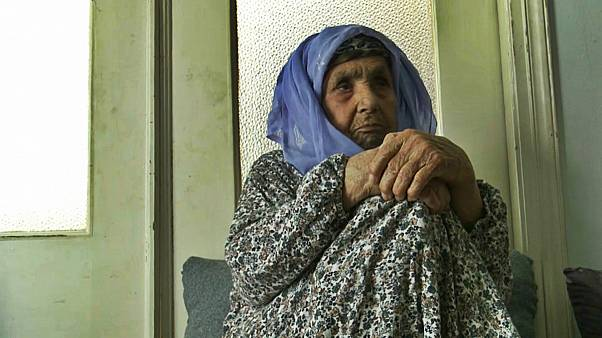 مادربزرگ ۱۱۱ ساله اهل کوبانی؛ پیرترین پناهجو در یونان