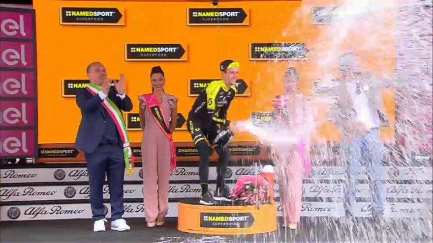 Briton Simon Yates takes Stage 11 of Giro D'Italia 2018